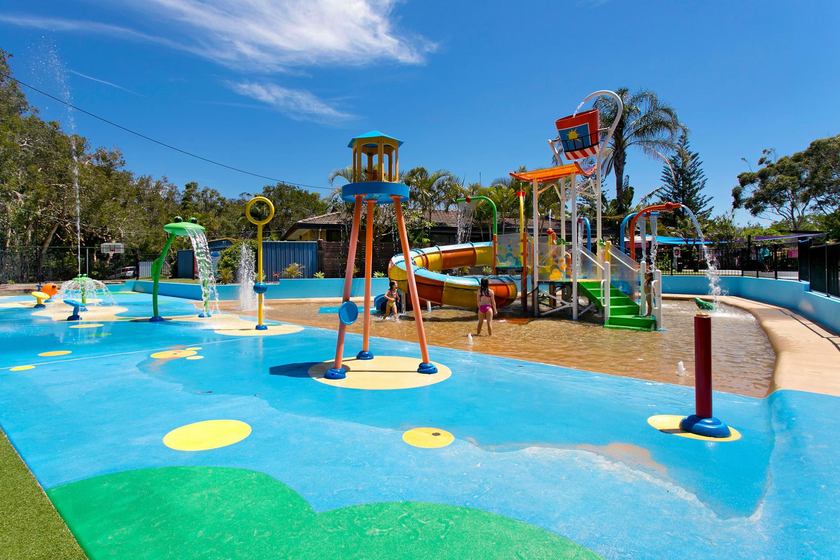 current deals for emerald beach holiday caravan park. Black Bedroom Furniture Sets. Home Design Ideas