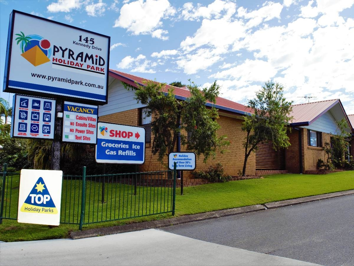 Make An Enquiry For Pyramid Holiday Park Holiday Park